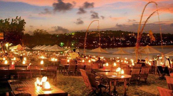 Jimbaran-Sunset-Dinner-
